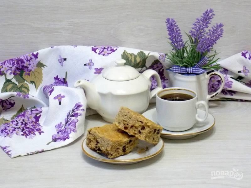 Арахисовый пирог с орехами и шоколадом
