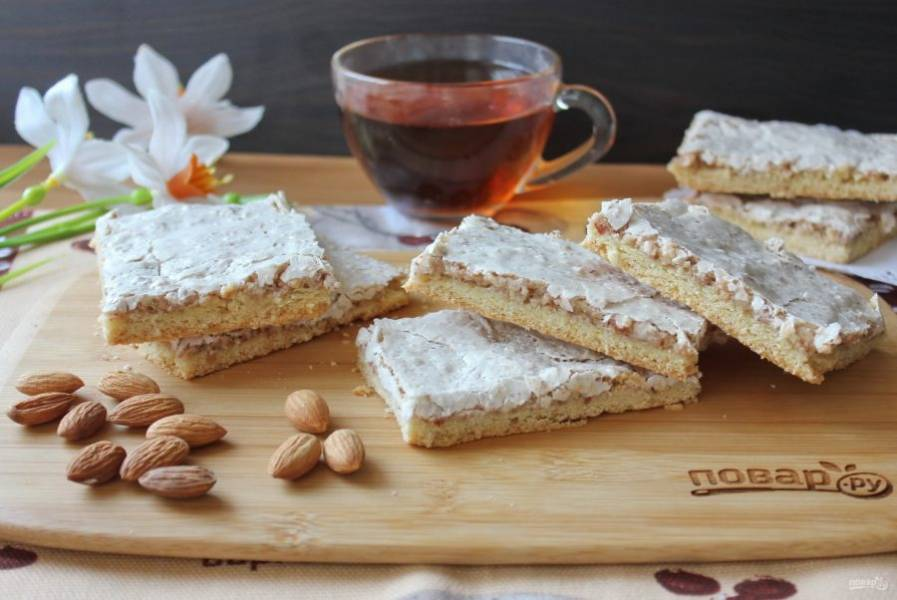 Нежное, рассыпчатое и вкусное краковское печенье готово. Можно подавать к чаю. Приятного аппетита!