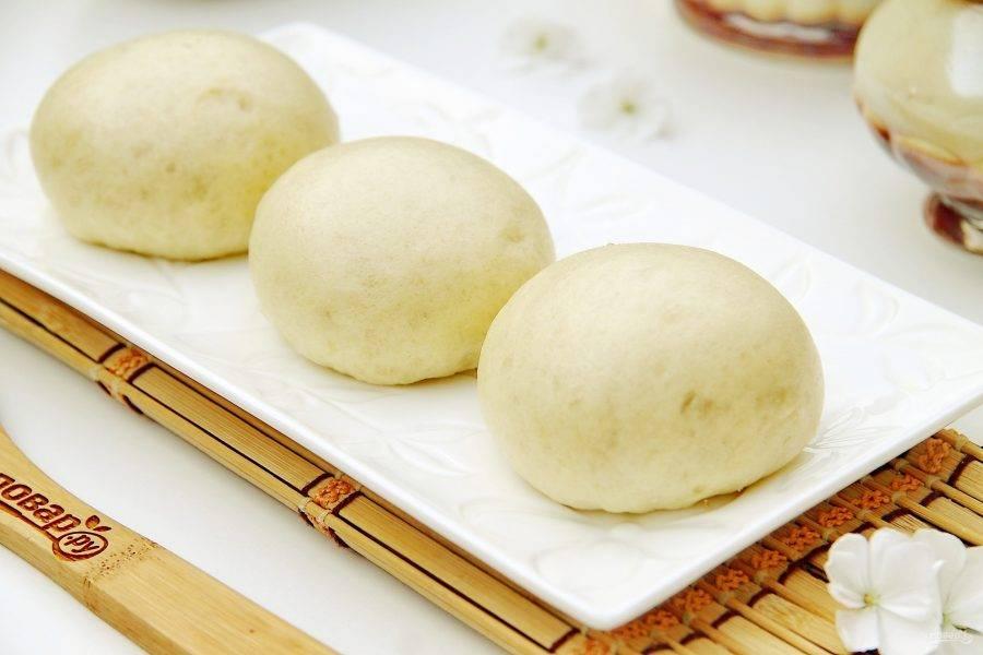 """Китайские паровые булочки """"Маньтоу"""" готовы и их можно сразу же подавать к столу."""