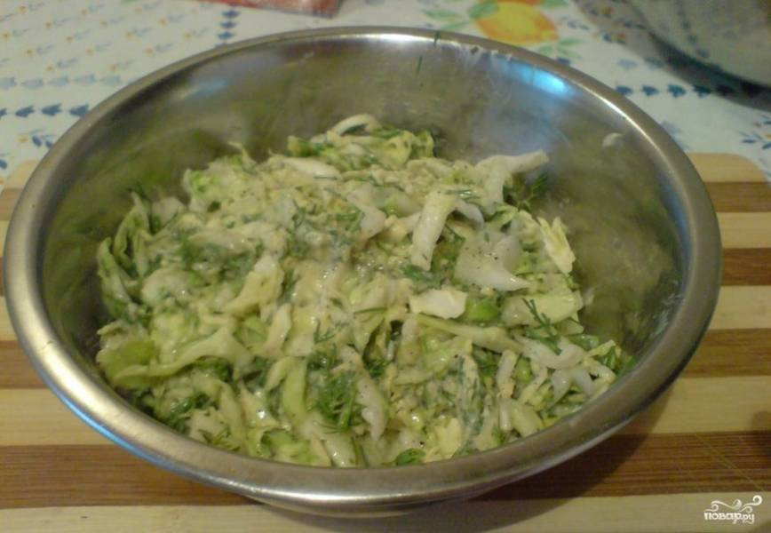 Салат с капустой и плавленым сыром