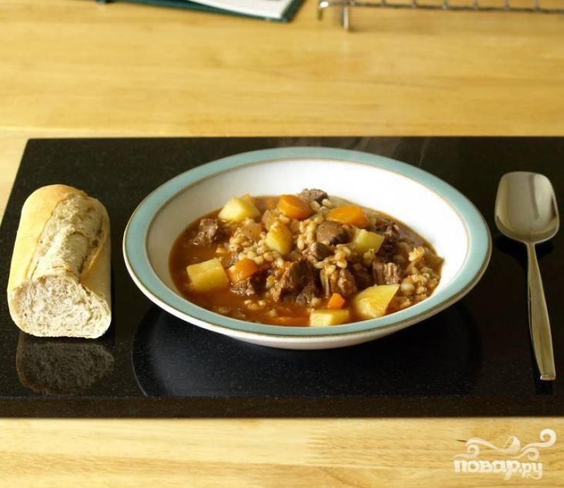 3.Подать суп горячим с белым хлебом.