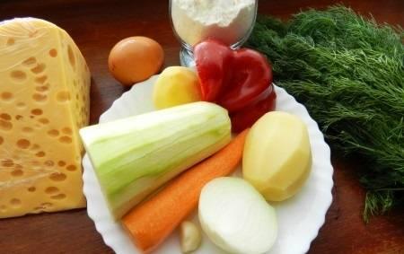 Подготовьте все необходимые ингредиенты. Овощи промойте и очистите от кожуры.