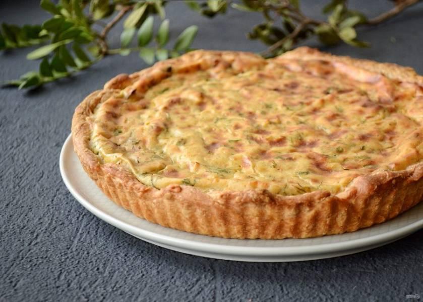 Постный луковый пирог готов, приятного аппетита!
