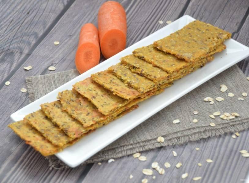 Морковные хлебцы готовы. Это вкусный и полезный перекус.