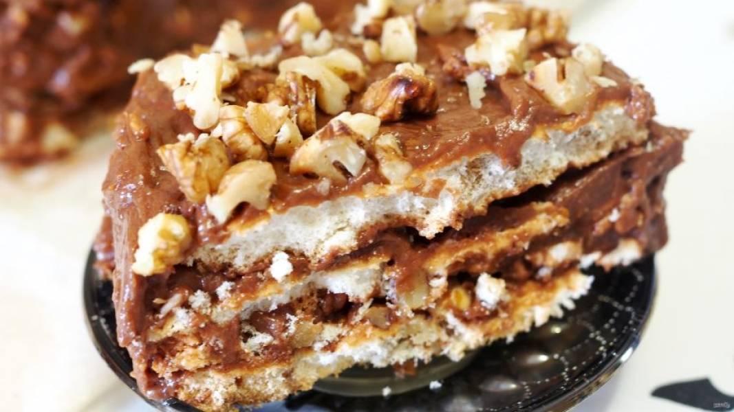 """Готовый """"Королевский"""" торт без муки получается нежным, воздушным и удивительно вкусным. Порадуйте себя и близких этим превосходным десертом!"""
