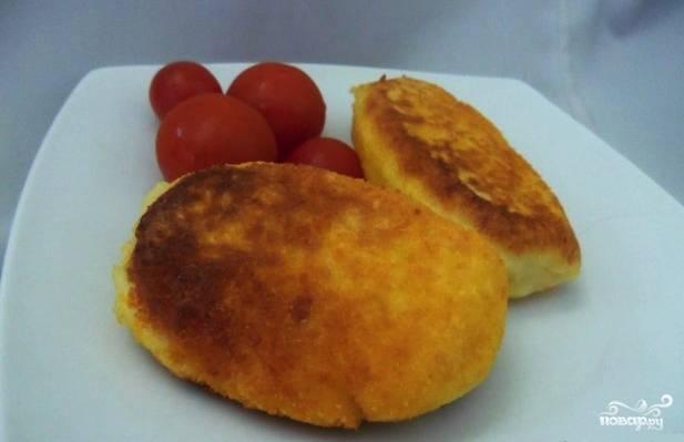 Картофельные котлеты в панировочных сухарях