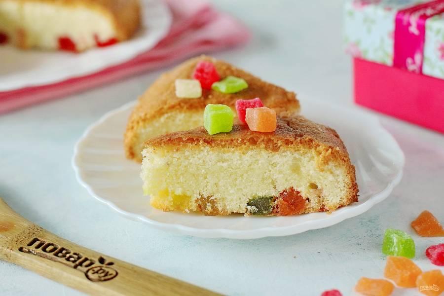 Бисквит с цукатами