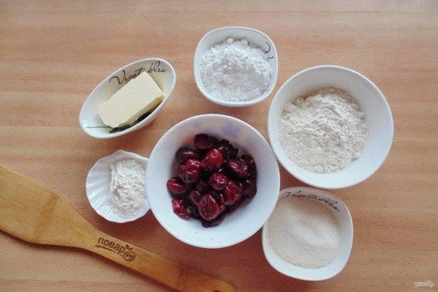 Подготовьте ингредиенты для приготовления кростаты с вишней.