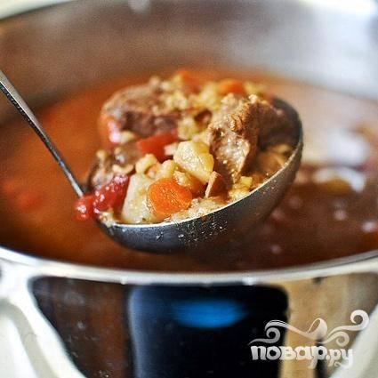 6. Убрать лавровый лист из супа перед подачей на стол.