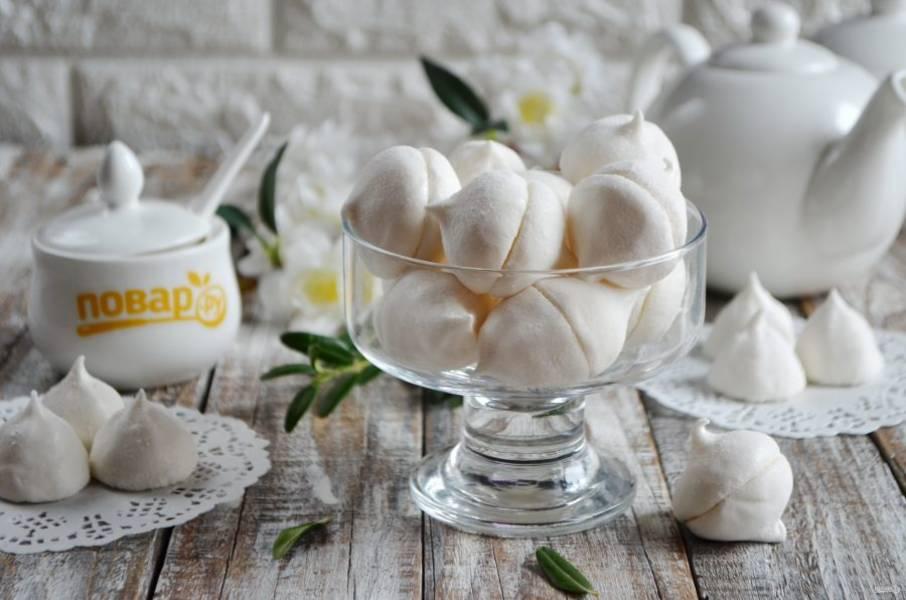11. Угощайтесь! Нежный и сладкий ванильный зефир готов!