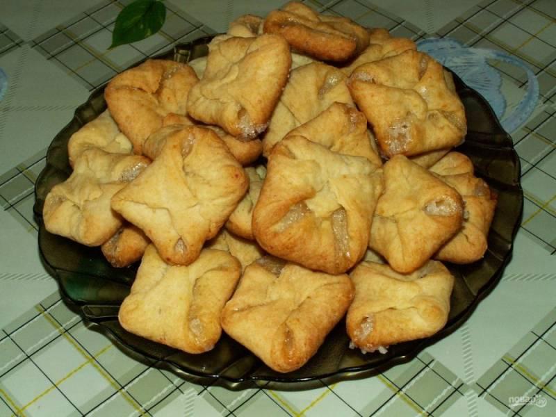 12. Готовое печенье можно посыпать сахарной пудрой (после остывания). Приятного чаепития!