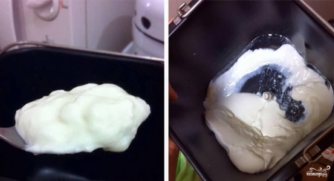 """Включите программу """"Йогурт"""", и можете заниматься своими делами! Йогурт готовится 8 часов.  Спустя время откройте крышку и увидите, что у вас получился густой йогурт."""