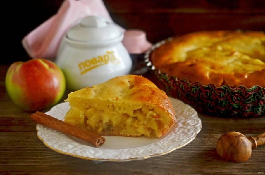 10. Выпекайте пирог при 180 градусах около 40 минут. Приятного аппетита!