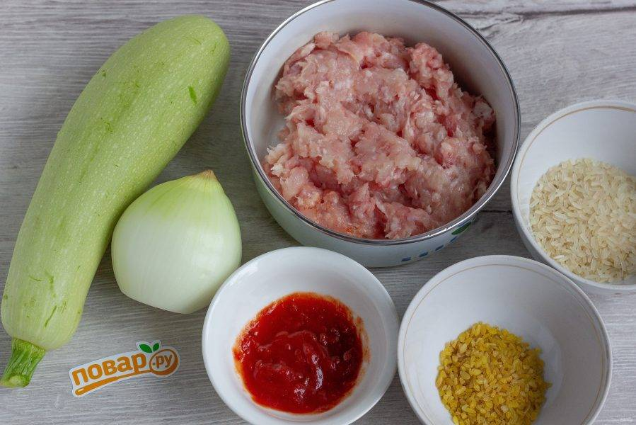 Подготовьте все необходимые ингредиенты, включая соль, перец и специи.