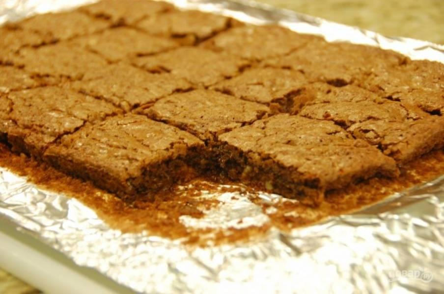 8.Остудите пирог перед нарезкой полностью. Приятного аппетита!