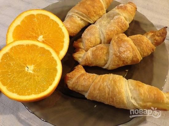 Ароматные и вкусные апельсиновые круассаны готовы! Пора пить чай!