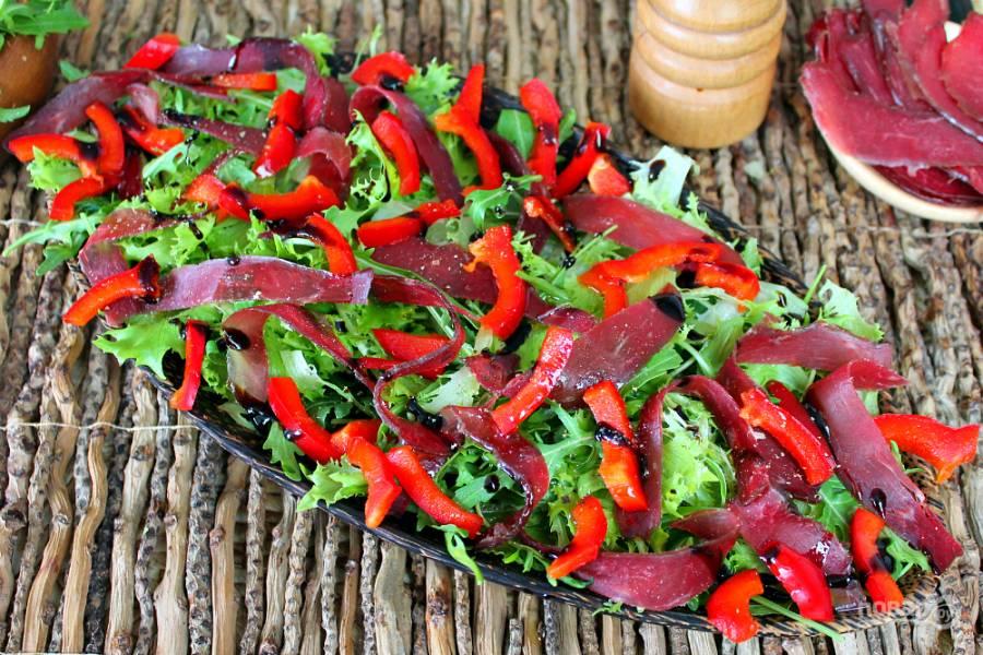 Салат с вяленым мясом
