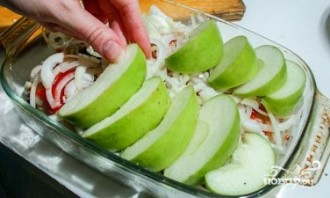Окорочка с яблоками - фото шаг 5