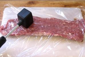 Рулет из свинины с сыром - фото шаг 2