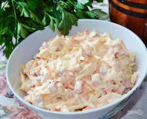 Морковный салат с яблоком, ветчиной и сыром - фото шаг 5