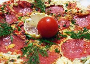 Омлет с колбасой, помидорами и сыром - фото шаг 5