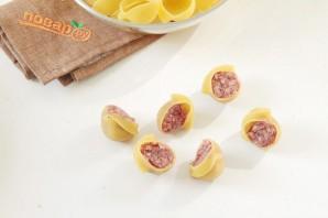 Макароны с мясом под соусом - фото шаг 3