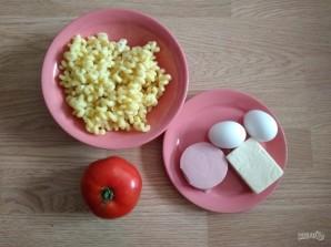 Макароны с помидорами и колбасой в мультиварке - фото шаг 1