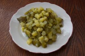 Овощной салат с маринованными грибами и индейкой - фото шаг 2