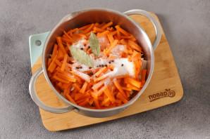 Салат из зеленых помидоров без стерилизации на зиму - фото шаг 5