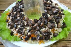 """Салат """"Гранатовый браслет"""" с грибами и курицей - фото шаг 7"""