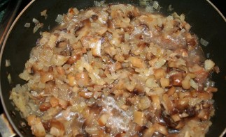 Жульен со свининой и грибами - фото шаг 3