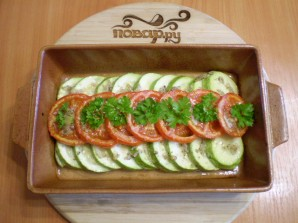 Запеченные кабачки с помидорами - фото шаг 6
