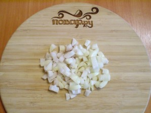Баклажаны жареные с луком - фото шаг 2