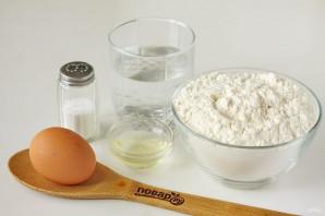 Тесто для пельменей с яйцом - фото шаг 1