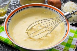 Заливной пирог с квашеной капустой - фото шаг 5