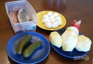 Канапе с сельдью и яйцами - фото шаг 1