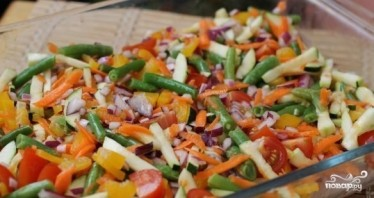 Куриный стейк под овощами и сыром - фото шаг 5