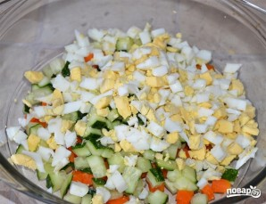 Салат с печенью трески - фото шаг 2