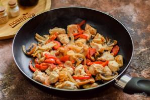 Курица с грибами по-китайски - фото шаг 5