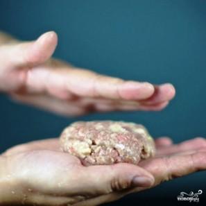 Котлеты, фаршированные грибами - фото шаг 13