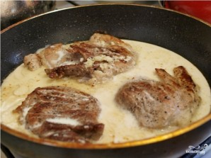 Мясо в чесночном соусе - фото шаг 6