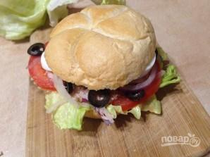 Средиземноморский сэндвич с тунцом - фото шаг 12