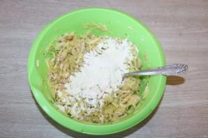 Драники с ветчиной, сыром и зеленью - фото шаг 5