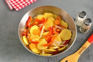 Куриная грудка на овощной подложке - фото шаг 7