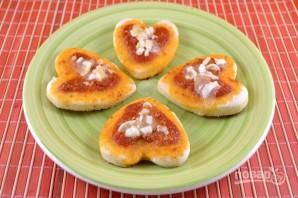 Мини-пиццы в форме сердца на 14 февраля - фото шаг 9