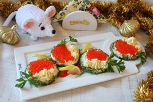 Бутерброды с красной икрой на Новый Год - фото шаг 8