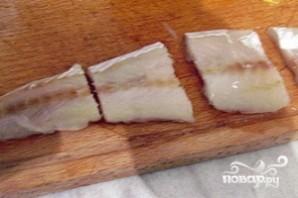 Минтай в духовке с картофелем - фото шаг 2