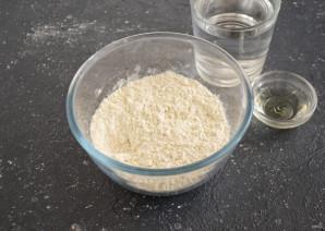 Тесто для вареников без яиц - фото шаг 2