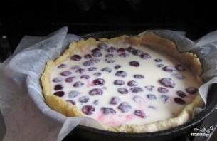 Вишневый пирог с заливкой - фото шаг 12