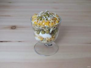 Салат из горошка и кукурузы - фото шаг 8